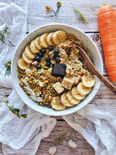 Golden Carrot Cake Oats [Easter Special]