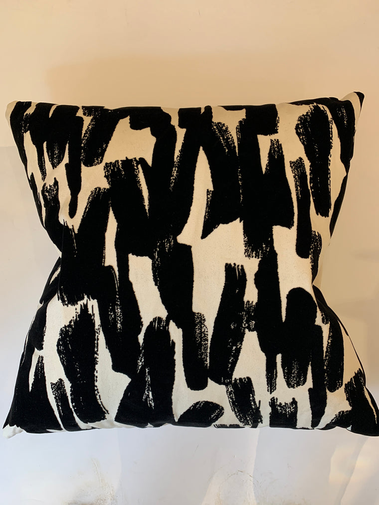 BLACK FEATHER PILLOW
