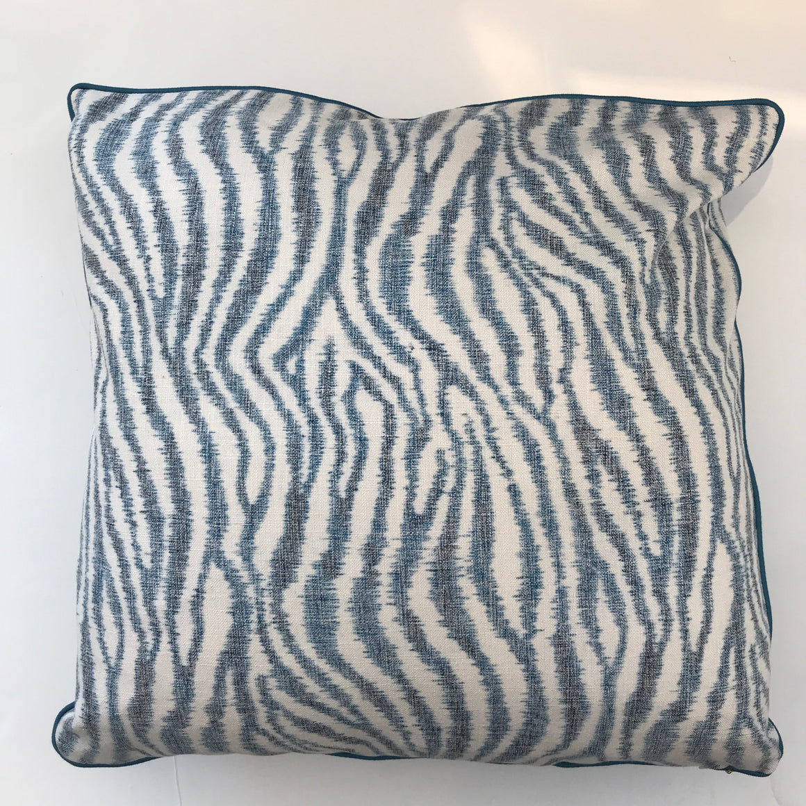 A.  BAILEY PILLOW - Blue and White Pattern- 23 x 23-