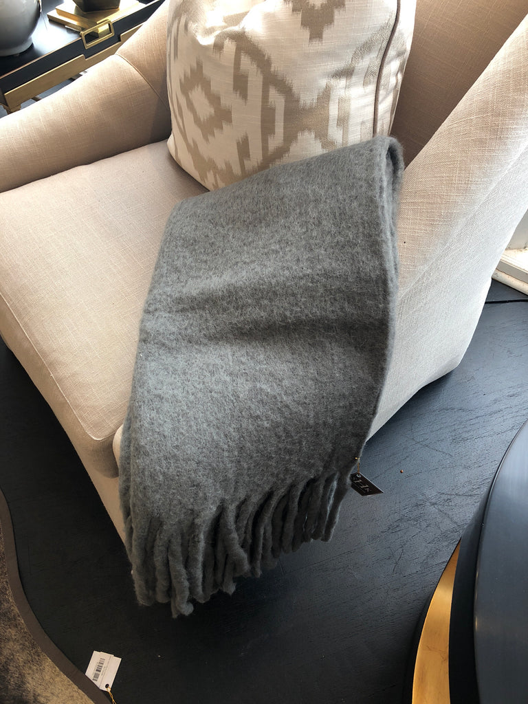 Rope Tassel Throw mink