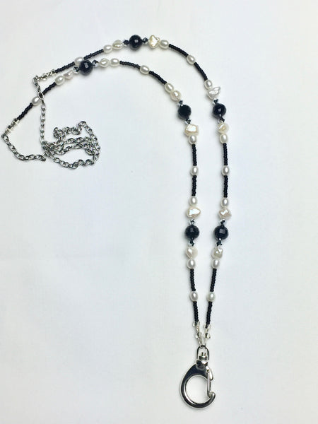 Black and White Genuine FreshPearl Lanyard