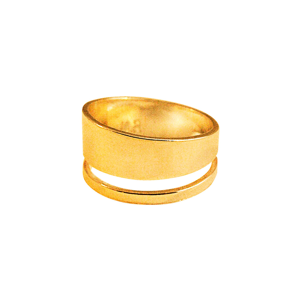 Statement gold ring