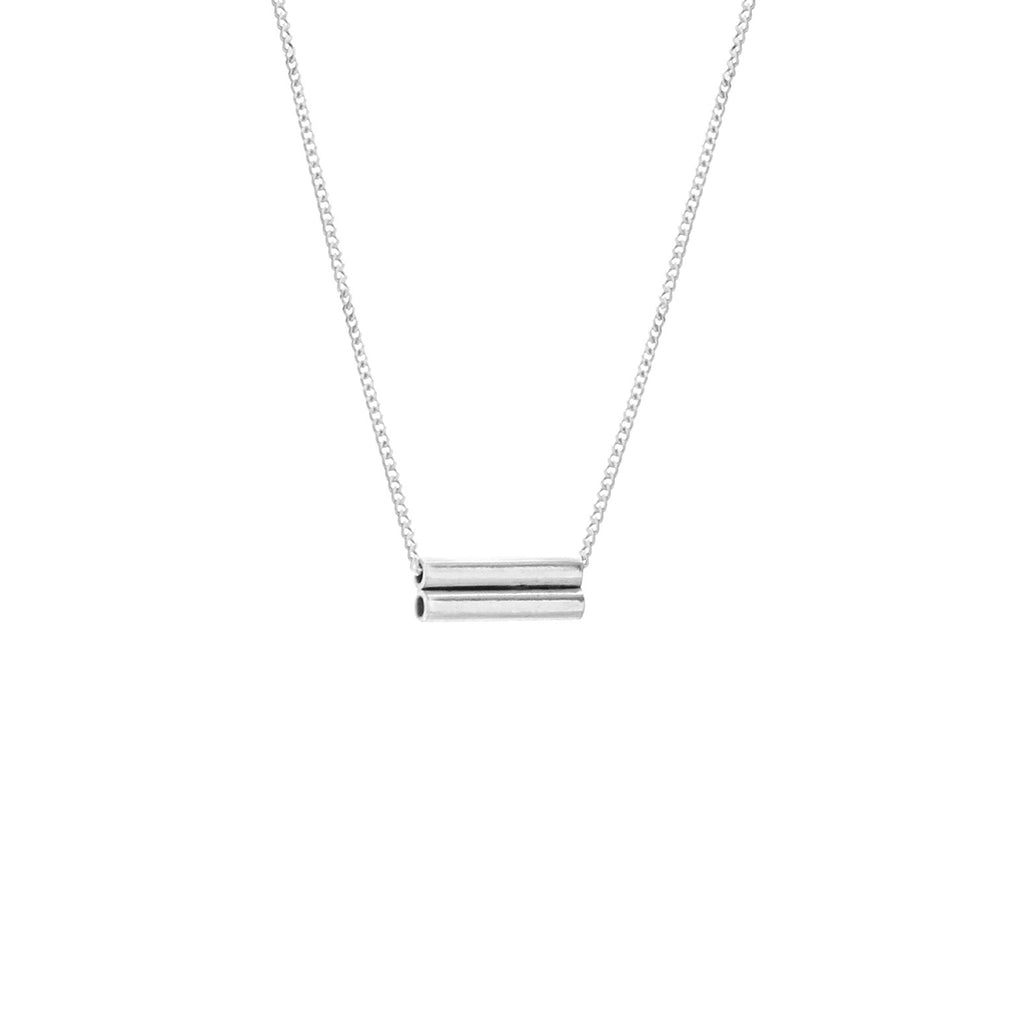 Simple silver necklace