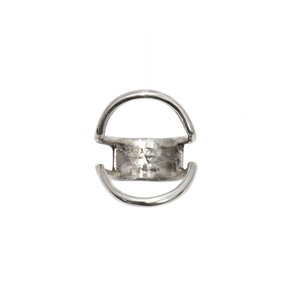 Circle ring knuckle ring