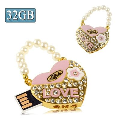 Heart Shaped Diamond Jewelry USB Flash Disk with Pearl Chain, Special for Valentines Day Gifts (32GB)
