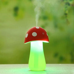 5V 2W USB Mushroom Diffuser Air Purifier Humidifier with LED Light for Office / Car / Home(Red)