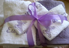 Personalized MOM Embroidered Glodina Towels