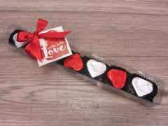 8 Piece gift box (foiled caramel intrigue hearts)