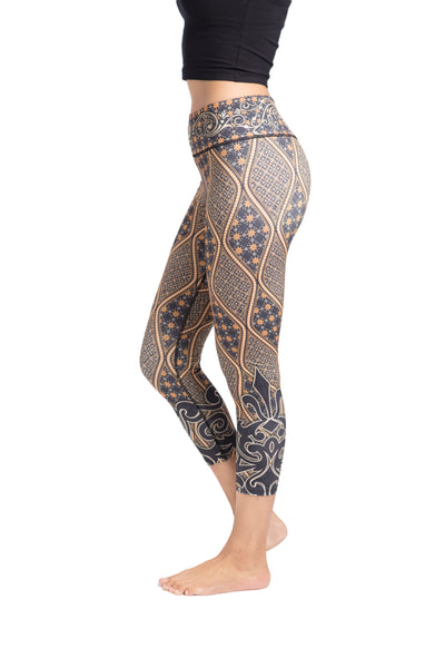 Batik Classic Crop Leggings