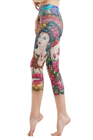 Lady Lotus Crop Leggings