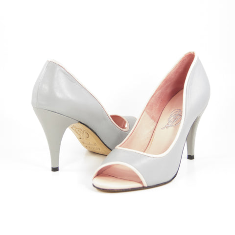 Hacho: Light Gray w/Blush Pink Trim