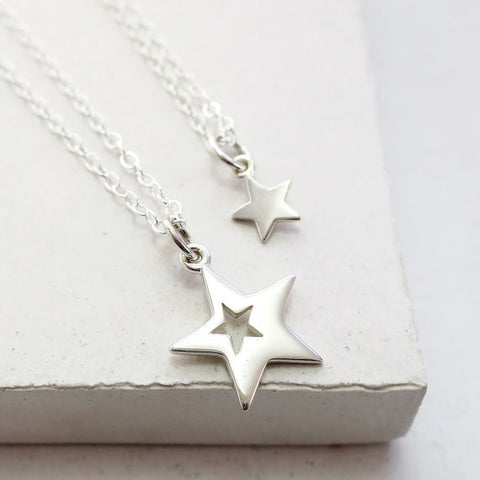 Cut Out Star Necklace Set