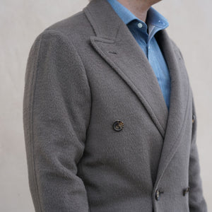 Single Cuts Off-Price Fabrics : Overcoats