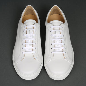 Tennis Trainer Monochrome White