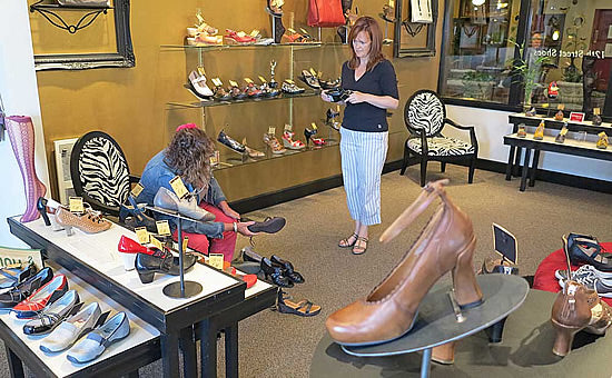 12th street shoes for women in bellingham wa