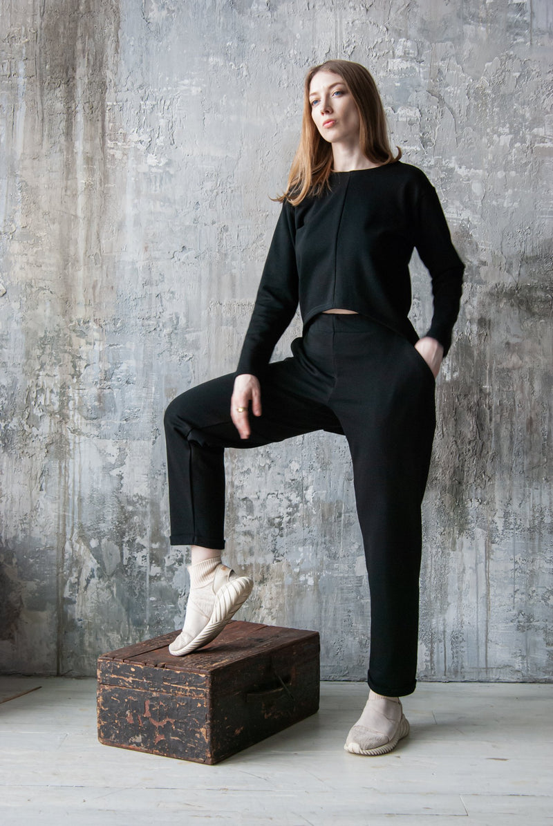Black cuffed jersey trousers
