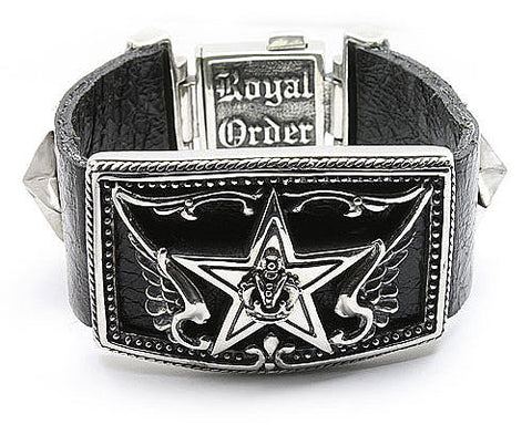 LUCKY STAR ON LEATHER BRACELET
