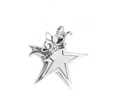 STAR w/ CROWN PENDANT