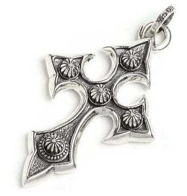 CONCHO CROSS PENDANT