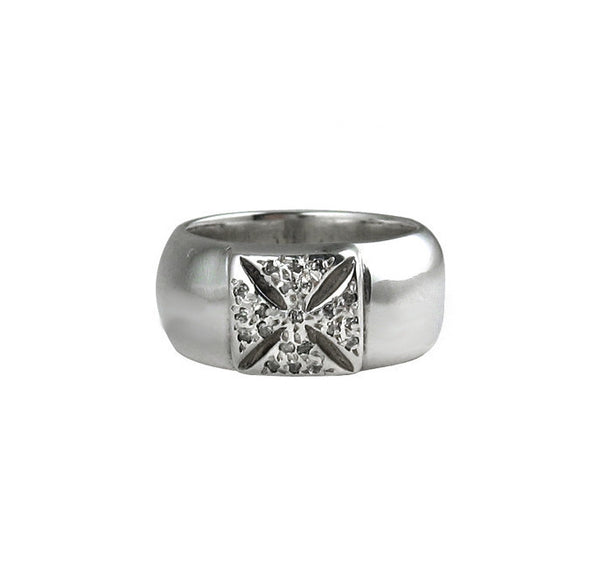 SR01-2PD Plain Wide Band with Cross and Pave Diamonds