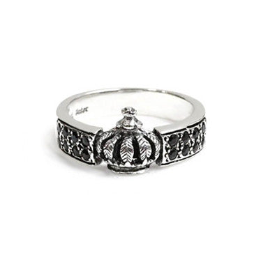 WIDE BAND CROWN RING w/ PAVÉ ONYX