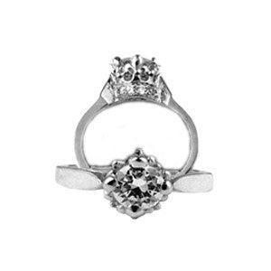 ANTOINETTE RING w/ CZ & CZ BASE