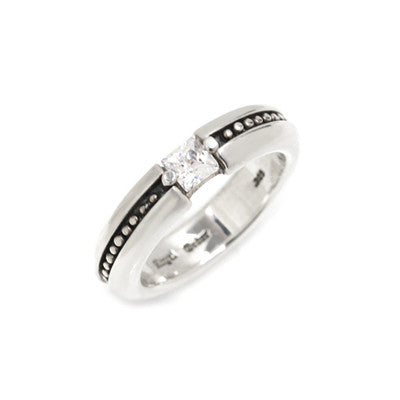 KALI SOLITAIRE RING w/ CZ