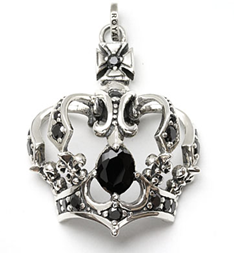 MAGESTIQUE CROWN PENDANT