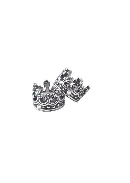 TINY CROWN PENDANT w/ 1 DIAMOND