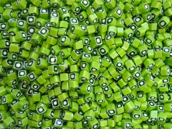 V12 Lime Clear White Square 6-7mm