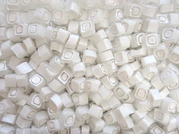 V80 White Clear Square 10-11mm