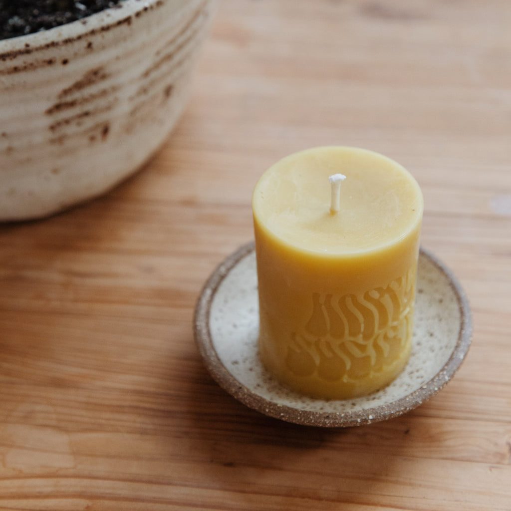 Happy Society : Beeswax Pillar Candle Set