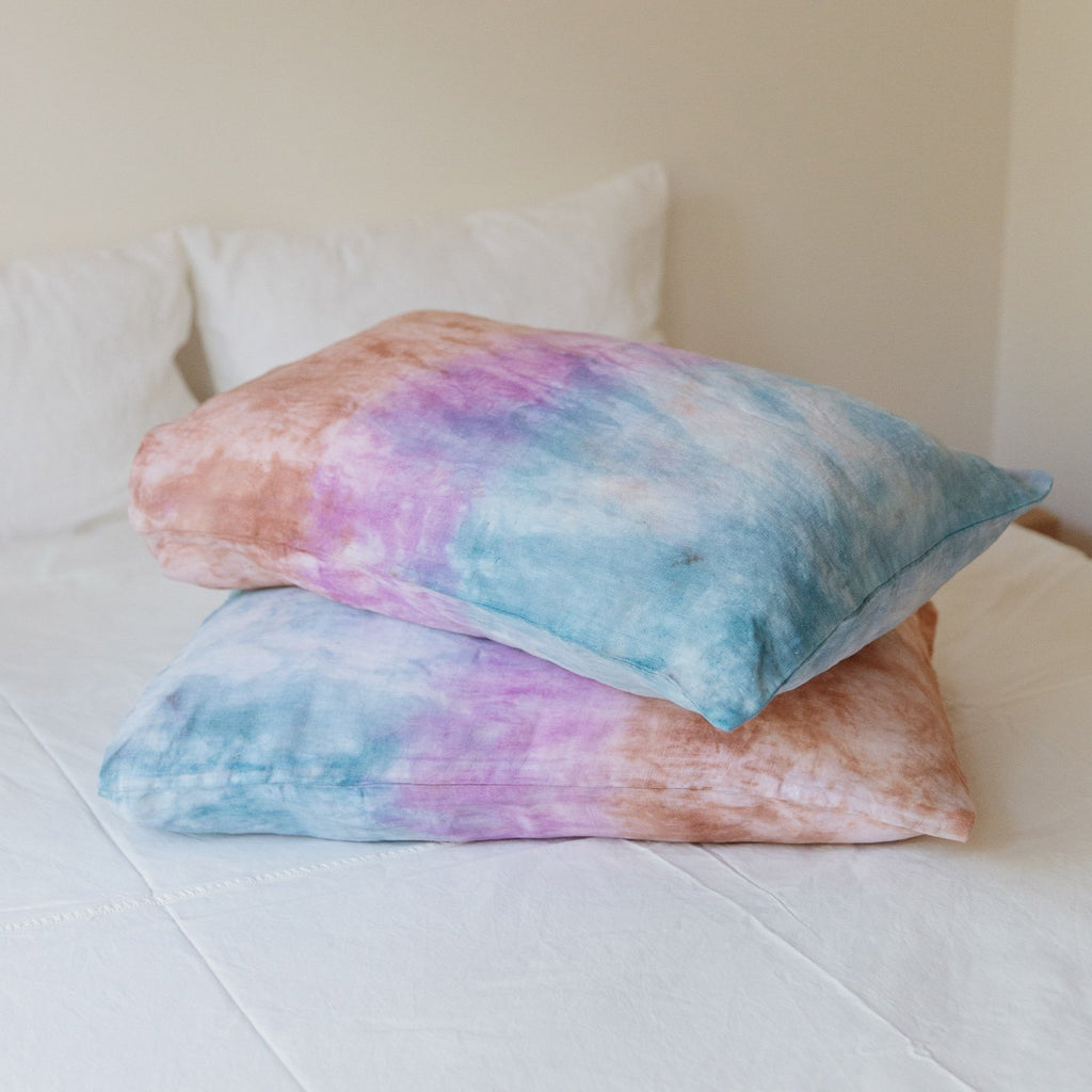 Mother of Sun : Pillowcase Set Amethyst