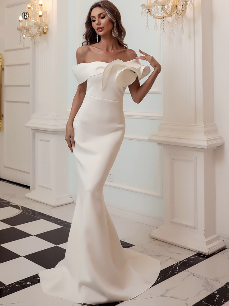 Trinity Ivory Gown (pre-order)