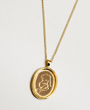Necklace, Femme in Gold