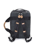 detachable shoulder strap transforms to backpack
