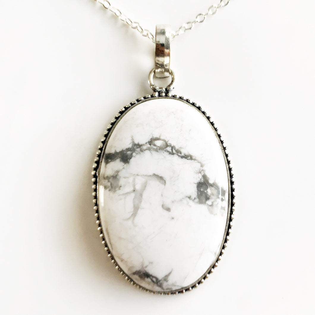 Silver White Howlite Necklace