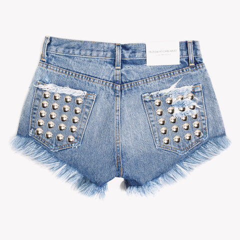 Twin Back Pockets High Rise Inka Shorts