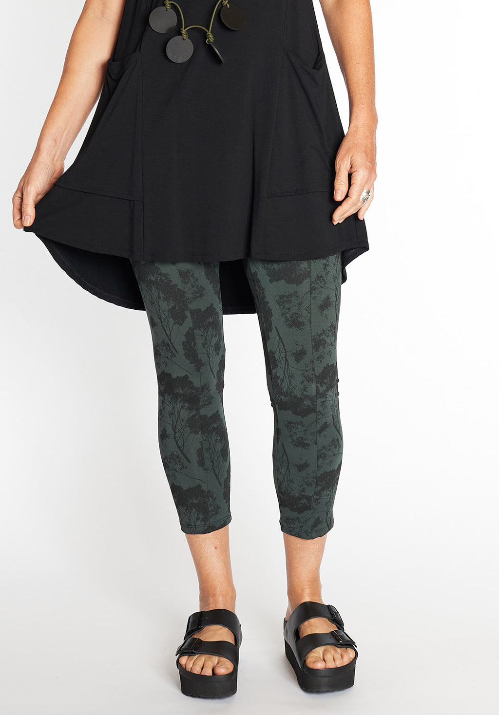 bamboo fashion online, australian fashion designer, designer fashion online, australian womens fashion, printed bamboo leggings online, bamboo boutique leggings, australian boutique fashion
