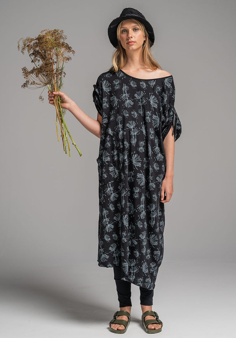 Lore dress black print