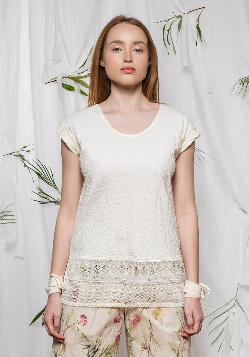 Lunar top natural milk lace