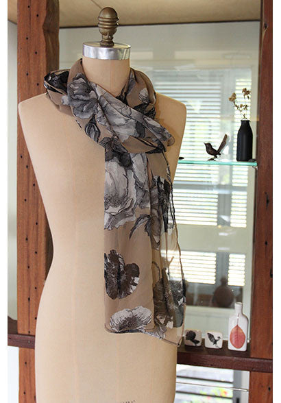 Matisse silk scarf natural