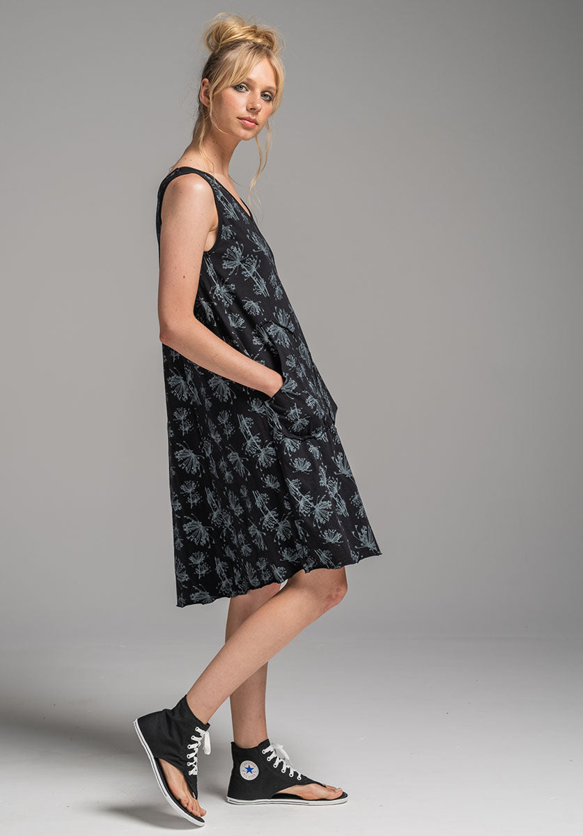 Rose dress black dill print