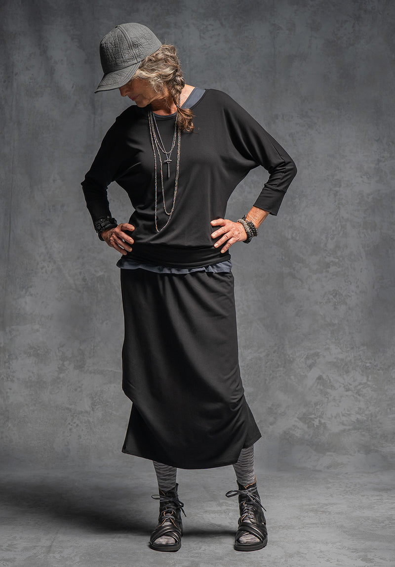 Thea skirt black