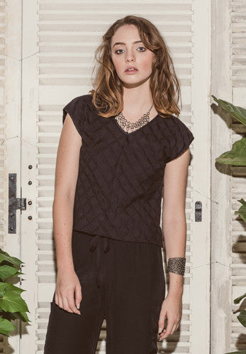 Moonflower top Black Amelia