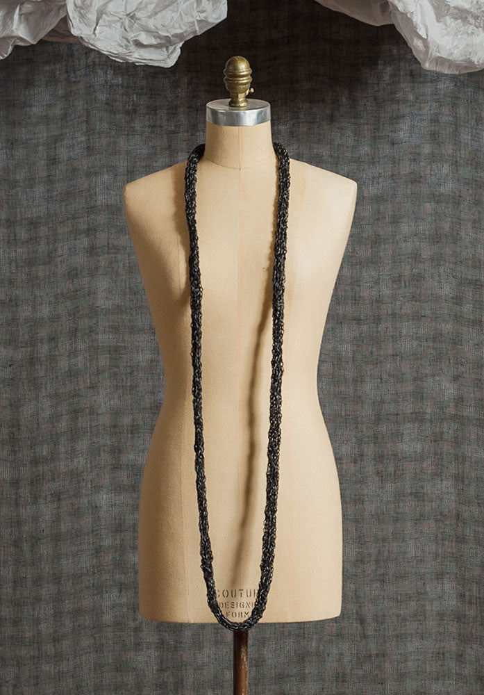 Knitted necklace dark