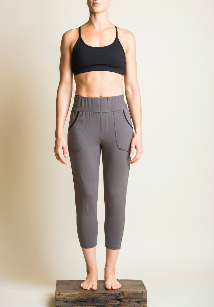 Trinity pant cropped rock