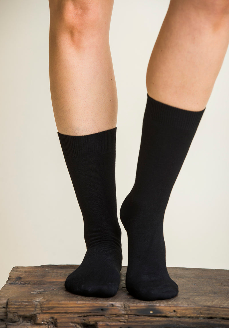 Australian made Bamboo Socks black (2 sizes)