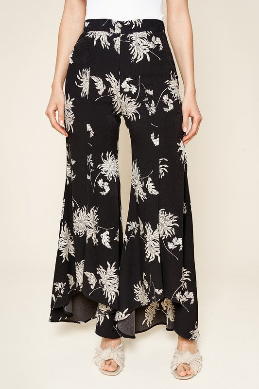 Bermuda Tropical Print Ruffled Pants