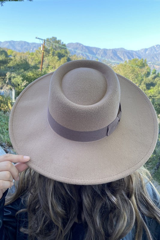 Zoe Hat Light Taupe